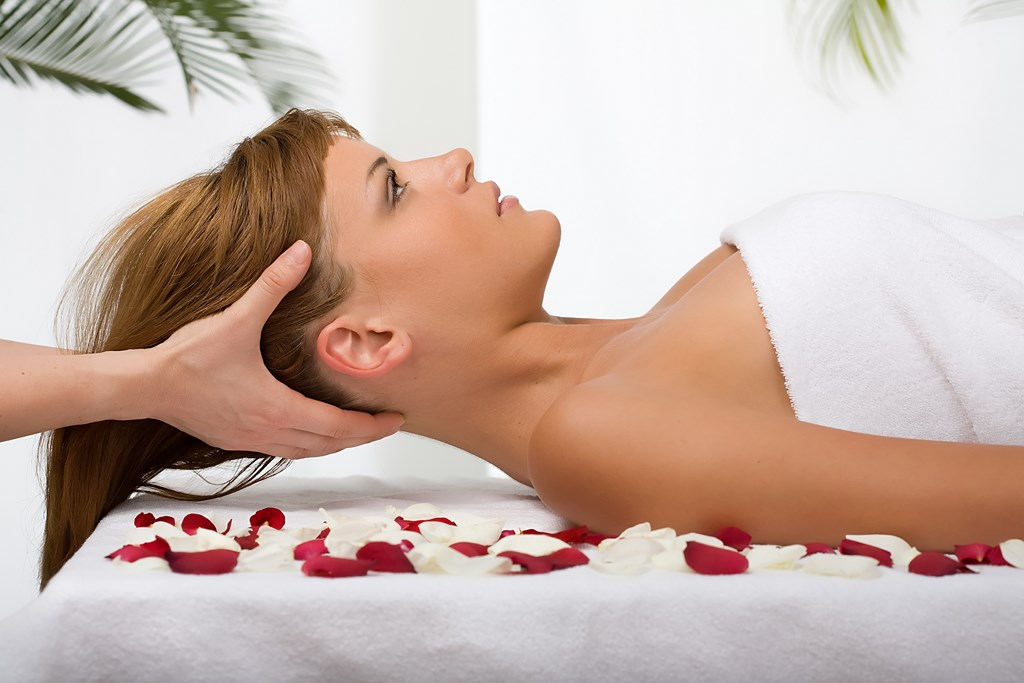 Rückenmassage, Lymphdrainage, Fussreflexzonenmassage